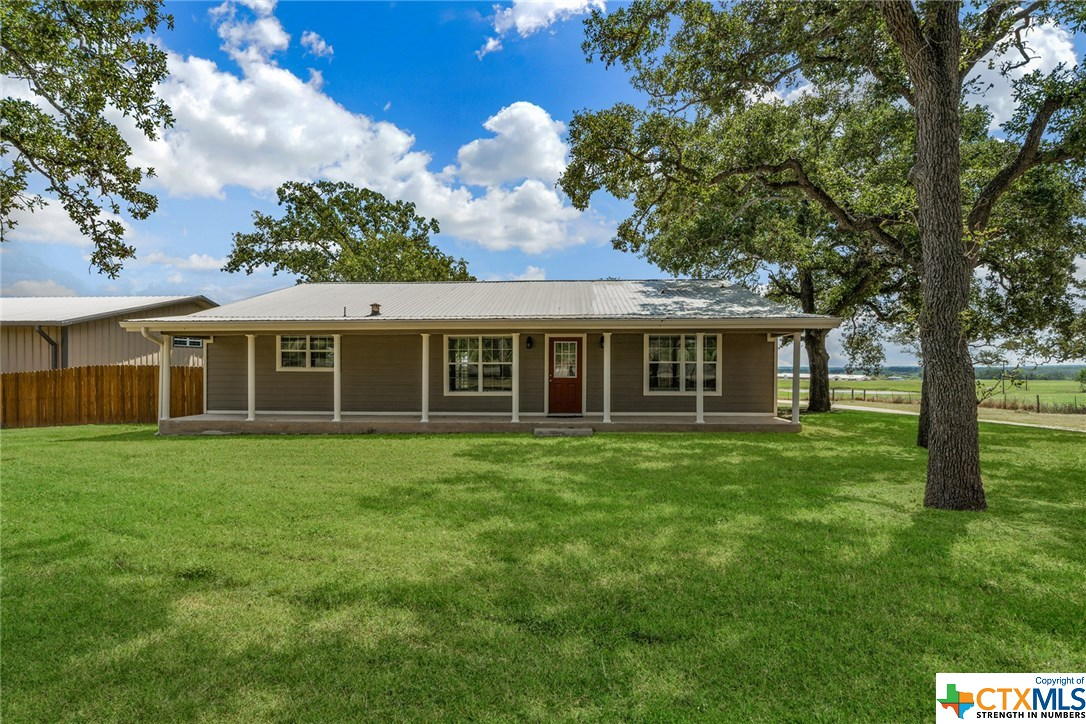 21389 State Highway 80 Gonzales, TX