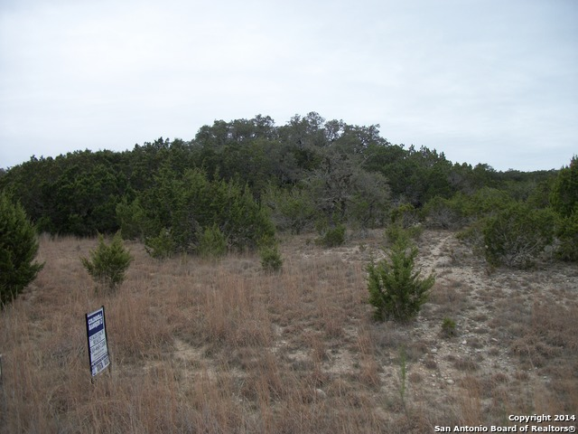 LOT 25 Lakepark Dr Lakehills, TX
