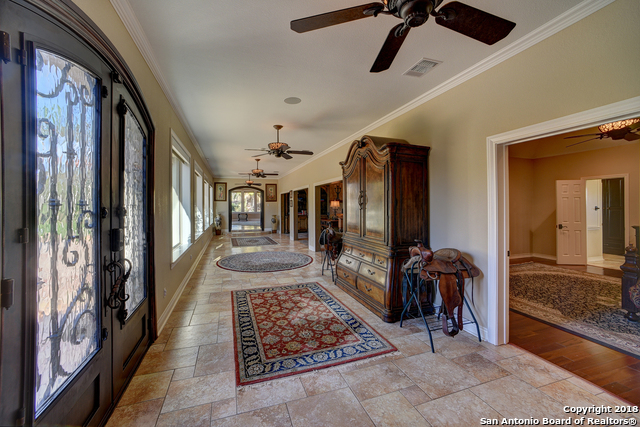 5804 Chaparral Trl Beeville, TX