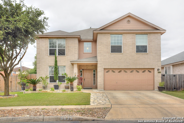 8635 Auberry Path Helotes, TX