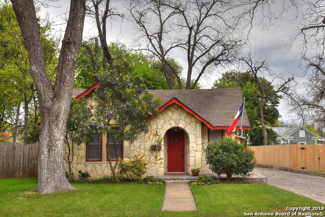 531 SYCAMORE AVE New Braunfels, TX