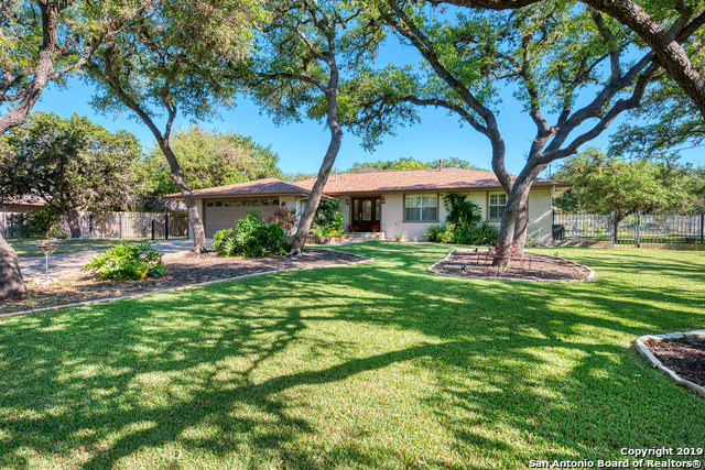 10211 Rafter O Trail Helotes, TX