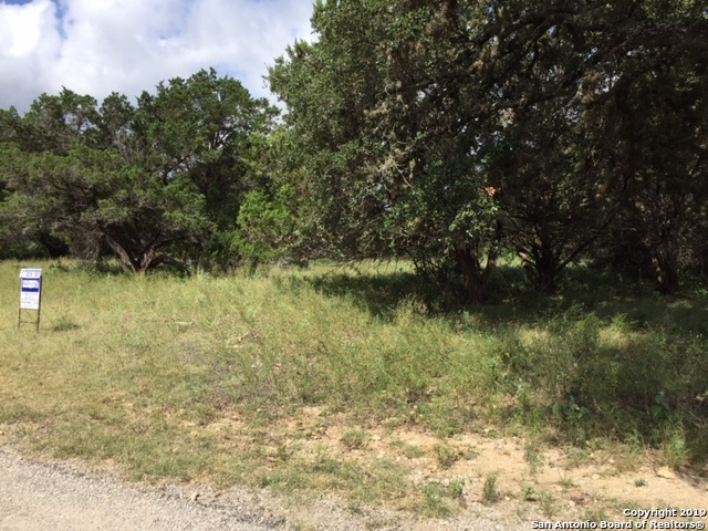 LOT 49 DEERWOOD CIR Bandera, TX