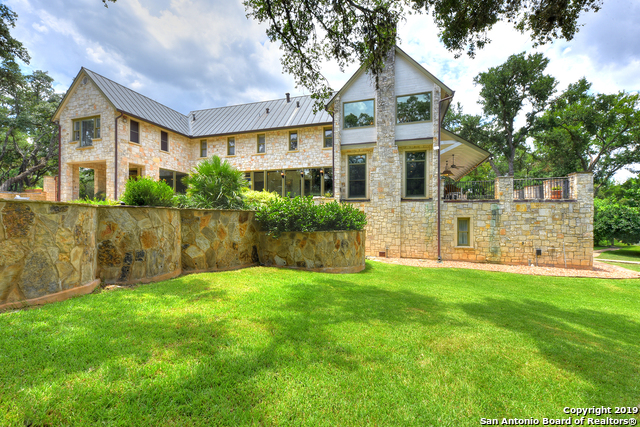 305 HILL COUNTRY LN Hill Country Village, TX