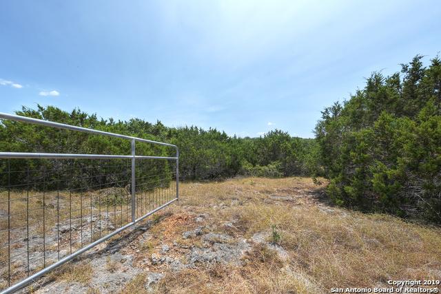 129 Sage Oaks Trail Boerne, TX